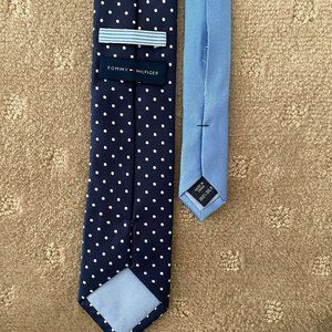 TOMMY HILFIGER Polka Dot 100% Silk Tie